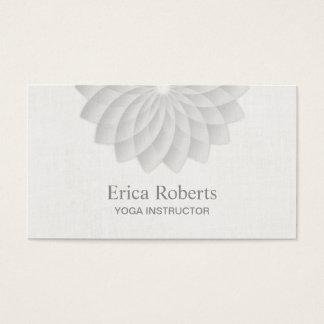 Yoga-Lehrer nobles weißes Lotus mit Blumen Visitenkarten