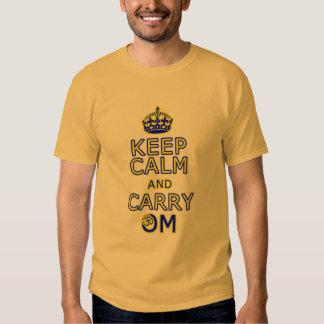 Yoga-Shirt der lustigen Männer behalten Ruhe, OM Hemd