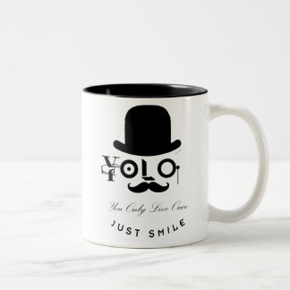 YOLO: Sie leben nur einmal - gerade Lächeln! Zweifarbige Tasse