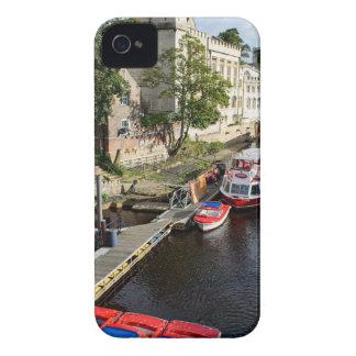 York-Stadt-Rathaus und rote Boote iPhone 4 Hüllen