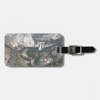 Yosemite Wasserfall und Berge Gepäckanhänger