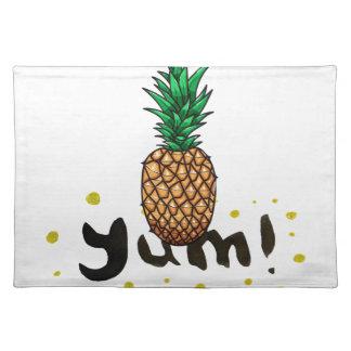 yum_ananasli stofftischset