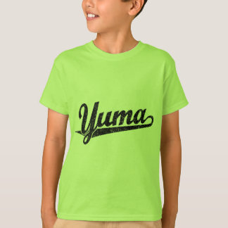 Yuma Skriptlogo im Schwarzen beunruhigt T-Shirt