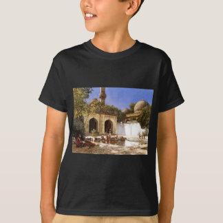 Zahlen im Hof einer Moschee durch Edwin-Lord T-Shirt
