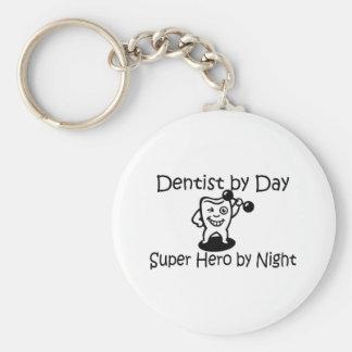 Zahnarzt durch TagSuup Held bis zum Nacht Schlüsselanhänger