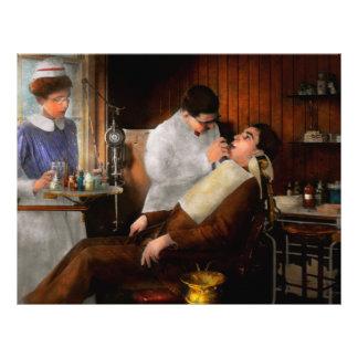 Zahnarzt - eine beißende Entscheidung - 1917 21,6 X 27,9 Cm Flyer