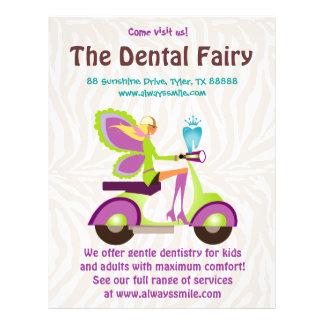 Zahnarzt-Flyer-niedliches Zahn-Fee-Roller-Mädchen