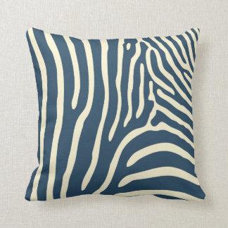 afrikanische tiere kissen afrikanische tiere dekokissen. Black Bedroom Furniture Sets. Home Design Ideas