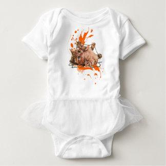 Zeichnen des orange Tabby-Katzen-Kätzchens und der Baby Strampler