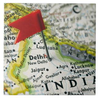 Zeichnen Sie das Button auf, das in Neu-Delhi, Fliese