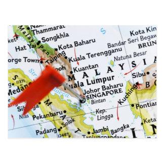 Zeichnen Sie das Button auf, das in Singapur auf Postkarten