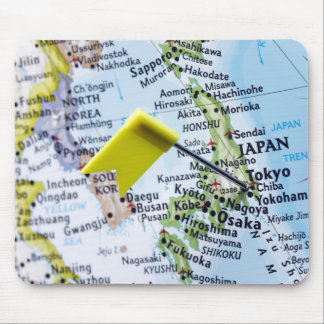Zeichnen Sie das Button auf, das in Tokyo, Japan Mousepad