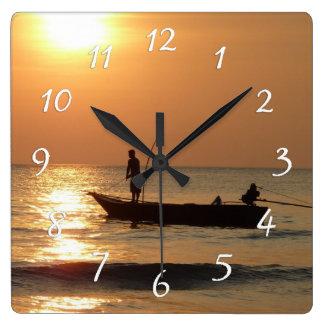 Zeit Uhr-, Sonnenuntergang-Boots-Foto zu fischen Quadratische Wanduhr