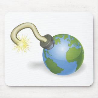 Zeitbombe in der Form des Weltkugelkonzeptes Mauspads