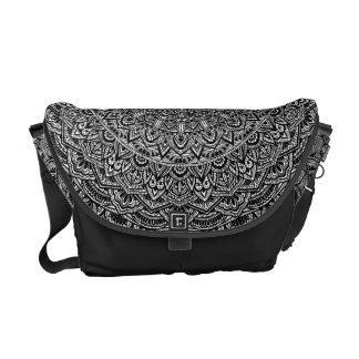 Zen-Schwarzweiss-Mandala Kurier Taschen