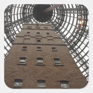Zentraler historischer Schuss-Turm Melbournes Quadratischer Aufkleber