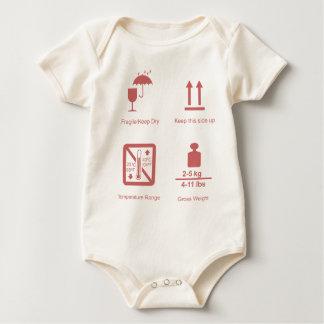 zerbrechliches Baby Baby Strampler