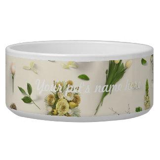 Zerstreutes Blumen-Gelb Napf