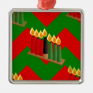 Zickzack Kwanzaa Quadratisches Silberfarbenes Ornament
