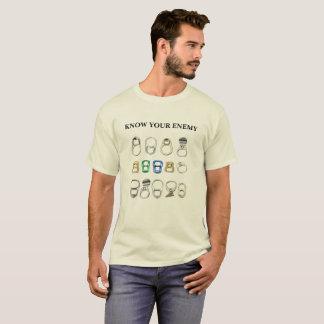 Ziehen Sie das Vorsprungsmetall, das Shirt