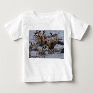 Ziehen Sie sich zurück Baby T-shirt
