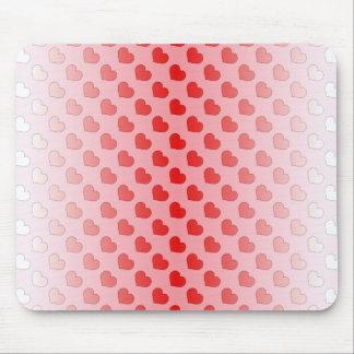 Zimt-Süßigkeits-Herzen rot und rosa Mousepad