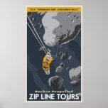 Ziplinie bereist durch den Asteroidengürtel Poster