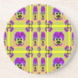 Zitronelila Pansy-Muster-Geschenke durch Sharles Getränkeuntersetzer