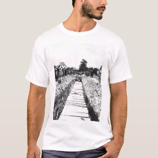 Zivilisten von Namering, Germany_War Bild T-Shirt