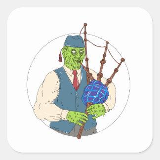 Zombie-Pfeifer, der Dudelsack-Schmutz-Kunst spielt Quadratischer Aufkleber