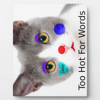 """""""Zu heiß für Wörter"""" Katze mit Clown-Make-up Fotoplatte"""