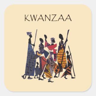 Zu Kwanzaa-Feiertags-Aufkleber feiern Quadratischer Aufkleber