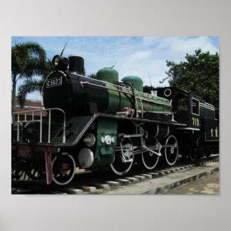 Zug des Dampf-WW2 an der Fluss Kwai Brücke Poster