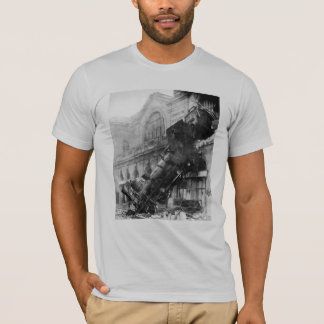 Zug-Wrack bei Montparnasse (1895) T-Shirt