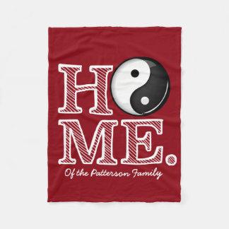Zuhause in Harmonie klassischem Yin Yang Symbol Fleecedecke