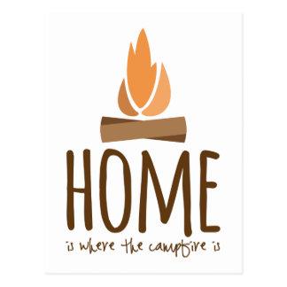 Zuhause ist, wo das Lagerfeuer ist Postkarte