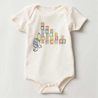zukünftiges Bogenschützebaby mit Blöcken Baby Strampler