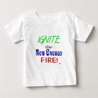 Zünden Sie das neue Energie-Feuer an Baby T-shirt