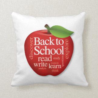 Zurück zu Schule Kissen