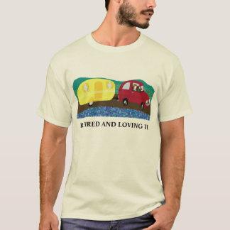 Zurückgezogen und an den Feiertagen T-Shirt