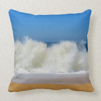 Zusammenstoßende Ozean-Wellen-Wurfs-Kissen Kissen