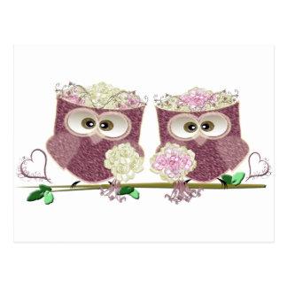 Zwei Bräute, die Eulen-Kunst-Geschenke Wedding Postkarte
