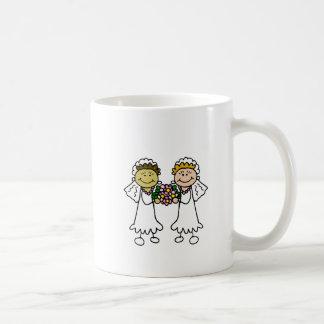 Zwei Bräute mit Blumen - Interracial Asiat Kaffeetasse