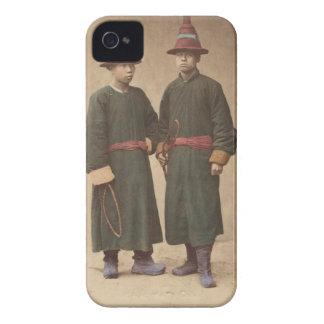 Zwei chinesische Männer, wenn traditionelles Kleid Case-Mate iPhone 4 Hüllen