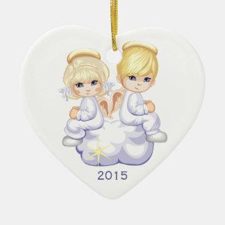 Zwei Engel auf Jahr-Weihnachtsverzierung der Wolke Keramik Herz-Ornament