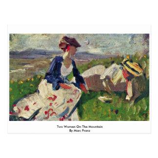 Zwei Frauen auf dem Berg durch Marc Franz Postkarte