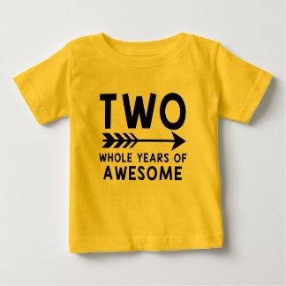 Zwei ganze Jahre des FANTASTISCHEN Shirts