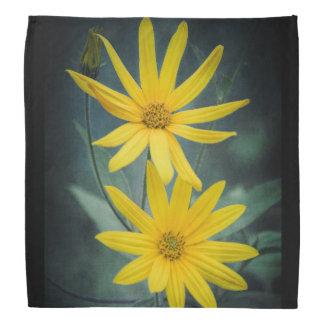 Zwei gelbe Blumen Topinambur Kopftuch