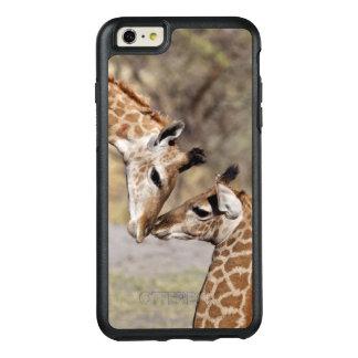 Zwei junge Giraffen OtterBox iPhone 6/6s Plus Hülle