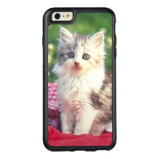 Zwei Kätzchen, die auf einer Rot-Farbigen Decke OtterBox iPhone 6/6s Plus Hülle